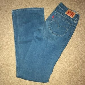 Bootcut Levi jeans high rise